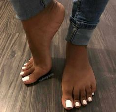 🕊 🦋 c l a w s ✘ in 2019 nails, toe nails white, feet nails. Toe Nails White, Acrylic Toe Nails, Pretty Toe Nails, White Toes, Cute Toe Nails, Pretty Toes, Gel Toe Nails, White Pedicure, Pedicure Ideas