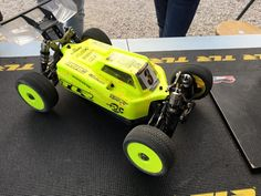 Team Losi Racing 8 4.0E - Renaud Savoya - French Nationals - Montpellier… Rc Radio, Rc Crawler, Montpellier, Radio Control, Rc Cars, Scale Models, Diorama, Bugs, Remote