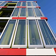 the micro-algae absorbs and generates biomass and heat renewable energy resources Energy Resources, Design Consultant, Renewable Energy, First World, Home Interior Design, Facade, Solar, House, Building