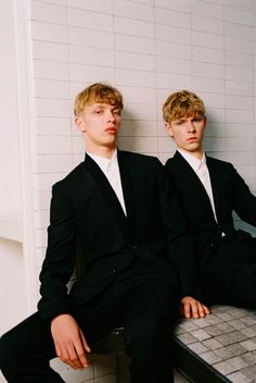Simon Fitskie and Valters Medenis captured by Bruna Kazinoti and styled by Mauricio Nardi with SS14 pieces from Dior Homme, for the issue #5 of Dust magazine.