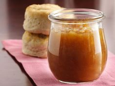 Maple-Apple Jam cup packed brown sugar cup cornstarch cup apple cider 1 cup real maple or maple-flavored syrup 5 Gala or Golden Delicious apples, peeled, finely chopped teaspoon maple flavor 6 half-pint canning jars with lids Jelly Recipes, Jam Recipes, Canning Recipes, Apple Recipes, Canning Jars, Canning Peppers, Maple Syrup Recipes, Canning 101, Cooker Recipes