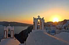 Heading to the Greek Islands this spring or summer? Here are 8 things to know before you go.