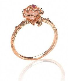 Elegant+Rose+Gold+plated+rose+ring+with+vine+detailed+band+compliments+with+Rose+Quartz+semi-precious+center+stone. Measurements: Materials: Rose+gold+plate Rose+quartz+semi-precious+stone Hand+Made+in+LA+ Cute Rings, Pretty Rings, Beautiful Rings, Cute Promise Rings, Cute Jewelry, Jewelry Box, Jewelry Rings, Jewelry Accessories, Jewlery