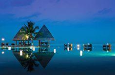 OBLU by Atmosphere at Helengeli #bmrtg #Maldives #oblubyatmospherebyhelengeli #indianocean #bestvacations #WorldTravelGuide #LalumiTravels #warrenjc #livetravelchannel #sunnysideoflife #maldivity #travel #traveling #vacation #dive #surfing #adventureculture #instagood #holiday #lagoon #beach #instapassport #instatraveling #mytravelgram #travelgram #igtravel #CrystalClearWater #LonelyPlant #adventureculturenature