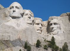 Mount Rushmore, South Dakota: Take your child on an exciting history lesson with a visit to see the presidents. The sculptures are impressively Mont Rushmore, Keystone South Dakota, Historical Monuments, Vacation Spots, Vacation Ideas, Vacation Memories, Vacation Places, Vacation Destinations, Places To See