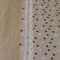 Úžitkový textil - Stredový obrus - bodky na režnej 160x26           - 6400151_