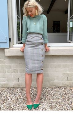 grey pencil skirt - Fashion Ideas Order the Laura Jade Grey Heritage Check High Waisted Midi Skirt With Button Side Split from In The Style. Shop today with next day delivery available until Casual Work Outfits, Work Attire, Mode Outfits, Winter Work Outfits, Women Work Outfits, Dress Casual, Casual Dressy, Work Dresses For Women, Work Outfits Office