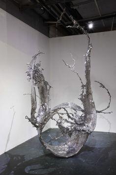Metal sculptures by Zheng Lu