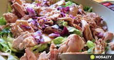 """A tonhal """"konzervesítése"""" csodás találmány: csak előkapod a kamrából, összevágsz hozzá néhány zöldséget, készítesz öntetet, és kész is a teljes értékű ebéd/uzsonna/vacsora! Healthy Salads, Healthy Eating, Healthy Recipes, Healthy Food, Health Lunches, Hungarian Recipes, Food 52, Light Recipes, Food Inspiration"""