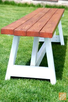 Free DIY Furniture Project Plan: Learn How to Build a Farmhouse Bench for Less than $20!