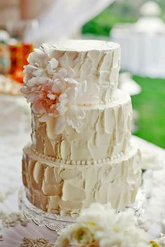 Gorgeous Textured Wedding Cakes