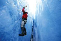 Eisklettern in der vertikalen Welt der gefrorenen Wasserfälle - Eventidee in Matten bei Interlaken