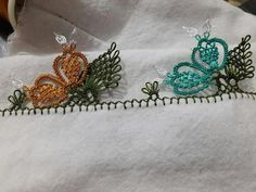 This Pin was discovered by Zik Needle Lace, Crochet Flowers, Tatting, Diy And Crafts, Projects To Try, Mini, Jewelry, Tubs, Indian Embroidery