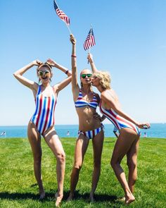 Gigi, Cara & Taylor // 4th of July