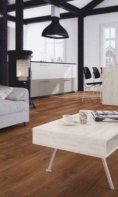 #Suelo laminado Roble Maratón de la colección Alfa de Kronopol. Sus tablas sin biseles dan la sensación de espacio infinito en cualquier entorno.   #homedesigne #interiorismo #decoración #diseño #hogar #home