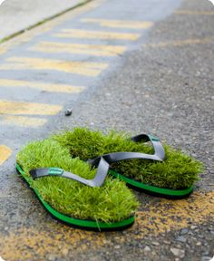 ASTRO TURF flipflops...I bet they're nearly as glorious as being barefoot in the grass on a summer day!