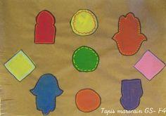 Tapis marocain GS: utilisation de gabarits sur papier kraft puis gouache et décoration au posca