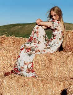 Jean Campbell by Alasdair McLellan for Vogue UK March 2016 11