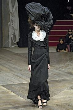 Alexander McQueen Spring 2007 RTW  - For when I feel wicked... muahahaa