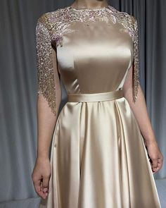 November 12 2019 at fashion-inspo Hijab Evening Dress, Hijab Dress Party, Party Wear Dresses, Evening Dresses, Prom Dresses Long With Sleeves, Simple Dresses, Elegant Dresses, Formal Dresses, Abaya Fashion