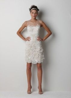 Short wedding dresses have been a hot trend recently and they still are, and to make sure it's enough to look at every designer's collection: there is one or more short dresses to choose from.
