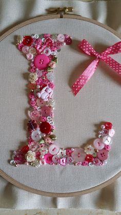 ideas for button art diy letters Crafts To Sell, Diy And Crafts, Crafts For Kids, Arts And Crafts, Button Art Projects, Button Crafts, Diy Letters, Letter A Crafts, Making Fabric Flowers