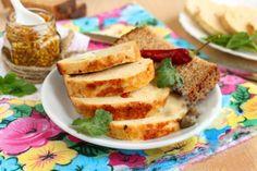 Salam de pui fiert în cană - un mezel de casă uimitor! Mult mai delicios și sănătos decât cel cumpărat! - Bucatarul Cornbread, French Toast, Breakfast, Ethnic Recipes, Food, Canning, Morning Coffee, Meals, Corn Bread
