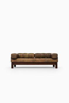 Sofa / daybed in the manner of De Sede at Studio Schalling
