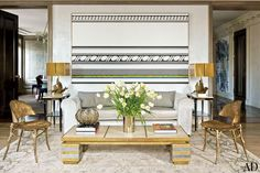 Stephen Sills Reimages a New York Apartment with Central Park Views Photos   Architectural Digest
