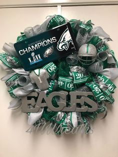 "Green and Sliver deco mesh, Eagles plate, Eagles ribbon and hand painted letters""Eagles"" Please Note: Wreath Boxes are very large. Baseball Wreaths, Sports Wreaths, Football Wreath, Wreath Boxes, Diy Wreath, Wreath Ideas, Football Crafts, Free Football, Eagle Craft"