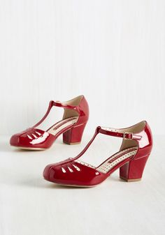 Shimmer Down Now Heel in Cherry Gloss. Whoa there, lady thang, we know youre excited about these sleek red heels by B.A.I.T. #red #modcloth