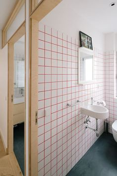 Unusual Tile & Colored Grout Combos That Are Gorgeous | Apartment Therapy