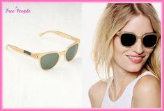セレブ多数愛用★Free People★The Squire Sunglasses レトロで雰囲気のあるフォルムがとっても素敵♪ クリアーなフレーム、トレンドのバイカラー使い、とってもデザイン性に優れたサングラスです♪