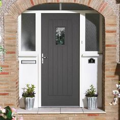 Suffolk Charcoal Grey Glazed Embossed Composite Door - Leaded Double Glazing is an excellent choice for any home, a stunning finish with glazing. Grey Composite Front Door, Grey Front Doors, Glazed External Doors, External Front Doors, External Wooden Doors, Composite External Doors, Porch Uk, Front Porch, Houses