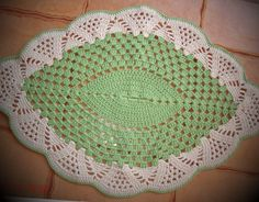 Doily Patterns, Crochet Patterns, Dress Neck Designs, Crochet Designs, Crochet Doilies, Table Runners, Pattern Design, Projects To Try, Patches