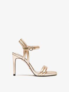SANDALE AUS LACKLEDER für DAMEN - Schuhe - Alles anzeigen auf Massimo Dutti für  Frühling Sommer 2017 für 99.95. Natürliche Eleganz!