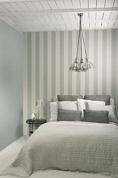 Flamant Les Rayures is a collection of non-woven wallpaper with a refined linen texture in 6 striped patterns. Striped Wallpaper, Textured Wallpaper, Cool Wallpaper, Diy Projects For Couples, Bedroom Decor, Wall Decor, Interior Decorating, Interior Design, My Room