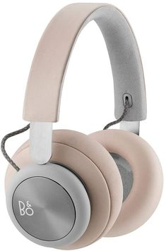 Explore Bang and Olufsen over-ear and on-ear Beoplay headphones, Beosound multiroom speakers, Beolab floorstanding speakers, and Beoplay Bluetooth speakers and high-end Beovision televisions. High End Headphones, Headphones Online, Bluetooth Headphones, Beats Headphones, Bang And Olufsen, Noise Cancelling, Lambskin Leather, Pure Products, Audiophile