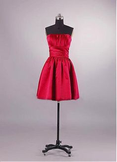 Gorgeous Stretch Satin A Line Strapless Short Red Bridesmaid Dress