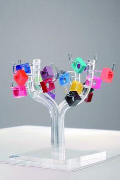 Acrylic Ring Display! Cool