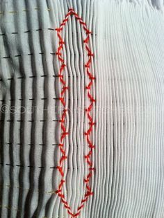 Vertical smocking {getting started} nice series of tutorials to achieve a fabulous looking pattern!
