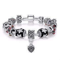 He encontrado este interesante anuncio de Etsy en https://www.etsy.com/es/listing/231664890/silver-beads-charm-fit-pandora-bracelet