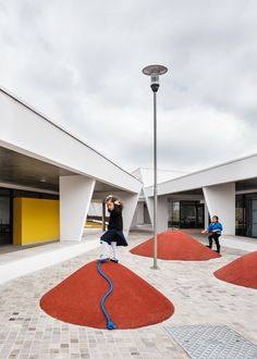 Image 1 of 18 from gallery of St. Nicholas School / aflalo/gasperini arquitetos. Photograph by Ana Mello