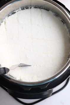 Instant Pot Easy, Soft Homemade Mozzarella **Looks like a lot of work, but she gives good tips and instructions** Instant Pot Pressure Cooker, Pressure Cooker Recipes, Pressure Cooking, Pressure Pot, Cheese Recipes, Cooking Recipes, Cooking Games, Goat Milk Recipes, Dairy Recipes