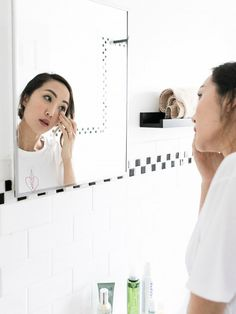 Scoring skin that boasts the clean, clear look of a professional treatment often requires an appointment at a spa. If time or your budget do not allow, there are some terrific at-home alternatives...