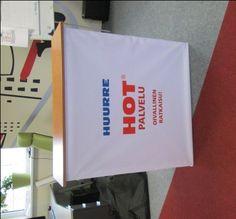 Hopup pöytä HOT Kysy hintaa: http://www.liikelahja-toimisto.fi/fi/messupoyta/20574/Messup%C3%B6yt%C3%A4+Hop+Up-STKONVH.html