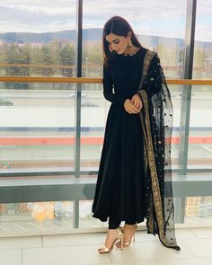 outfit in 2019 indian dresses, indian designer suits, indian designe Pakistani Dress Design, Pakistani Outfits, Eid Outfits, Black Pakistani Dress, Pakistani Fashion Casual, Pakistani Models, Pakistani Actress, Fashion Outfits, Indian Attire