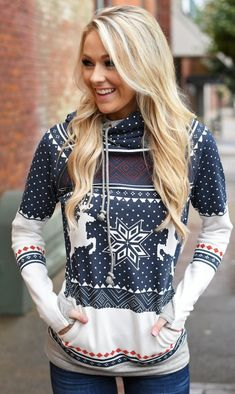 The sweater is featuring long sleeve, printed and pullover. The sweater is casual and fashion. The sweater is suitable for Christmas, festival, winter and many occasions. Stylish Outfits, Cool Outfits, Stylish Clothes, Cheap Outfits, Curvy Outfits, Simple Outfits, Edgy Teen Fashion, Modern Fashion, Ladies Fashion