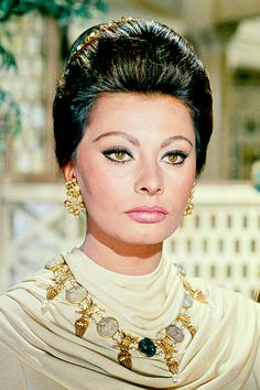 Sophia Loren in The Fall of the Roman Empire, 1964.