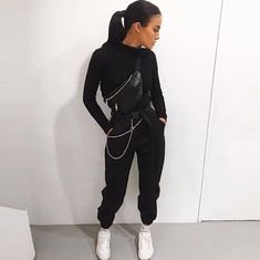 Ideas Sport Fashion Outfit Sporty Chic Casual For 2019 Sport Fashion, Look Fashion, Fitness Fashion, Trendy Fashion, Winter Fashion, Womens Fashion, Fitness Style, Fitness Outfits, Fashion Black